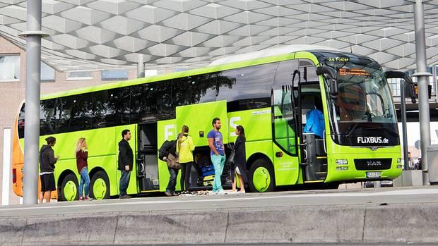 Am ZOB in Hannover: Inzwischen steuert Flixbus 1200 Ziele in 24 Ländern Europas an.
