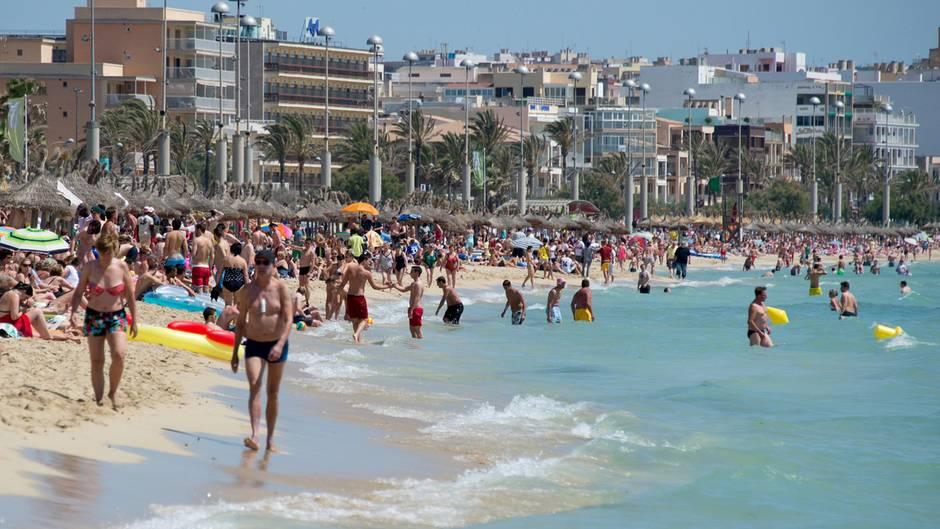 Krawall Am Ballermann Palmas Bürgermeister Sagt Sauf Touristen Den