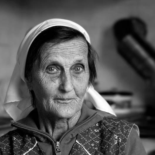 """""""Klara, meine Oma. Dieses Jahr ist sie am 21. Mai im Alter von 90 Jahren verstorben. Bilder sagen einfach mehr wie Worte.""""      Mehr Fotos vonGerdPavelin derVIEW Fotocommunity        Aktionen und Informationen aus der VIEW Fotocommunity aufFacebookoderTwitter"""