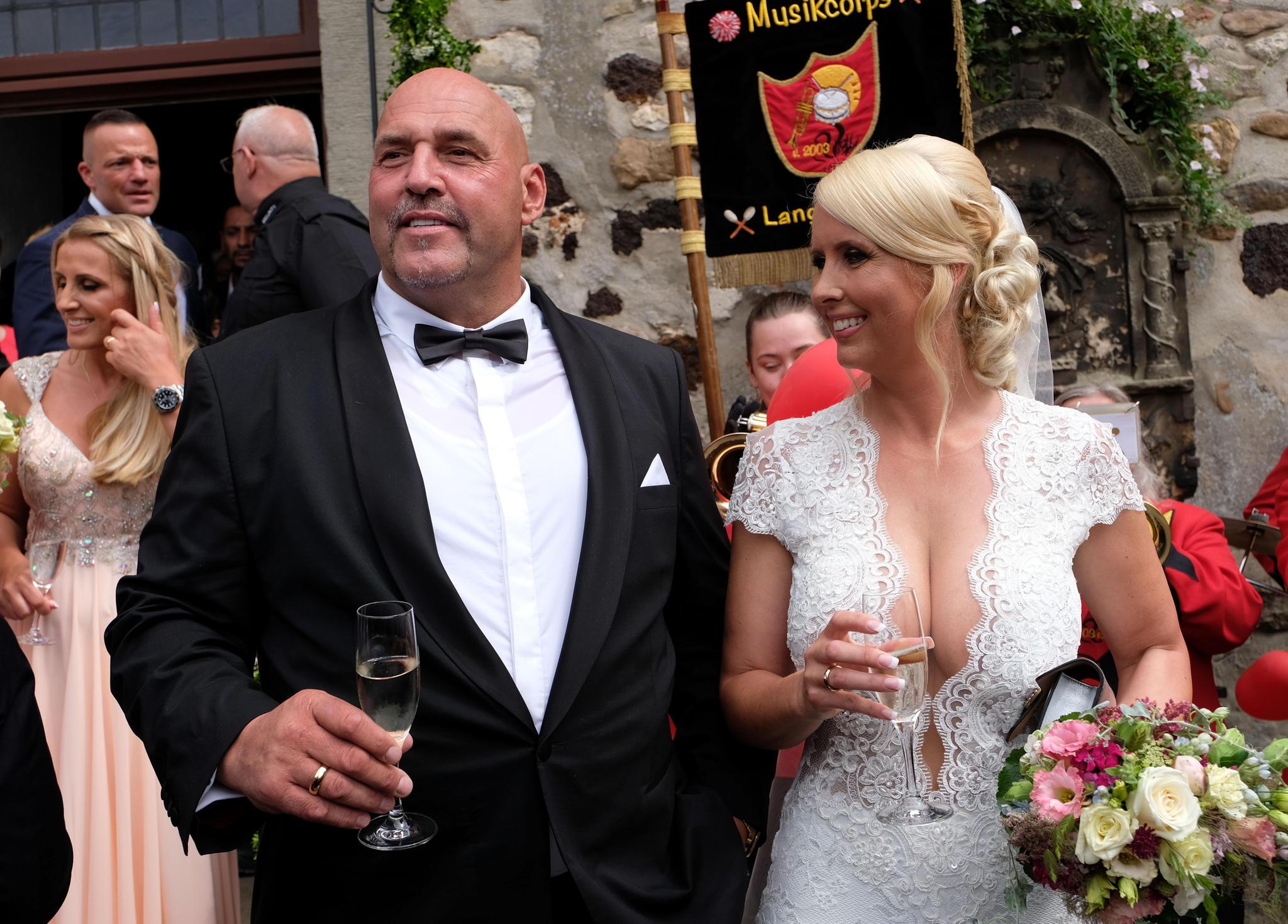 Frank Hanebuth Rocker Hochzeit Legt Dorf Zeitweise Lahm Stern De