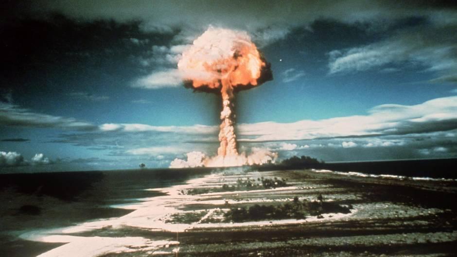 Die Behörden auf Hawaii geben der Bevölkerung Hinweise für den Fall eines nordkoreanischen Atomschlags (Symbolbild)
