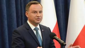 Polens Präsident Andrzej Duda hat sein Veto gegen den umstrittenen Umbau des polnischen Justizsystems eingelegt.