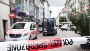 Schweiz: Mann mit Kettensäge verletzt mindestens fünf Menschen