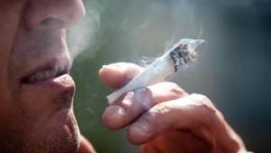Cannabis und Vaterrolle: Wie es sich anfühlt, das Kind eines Kiffers zu sein
