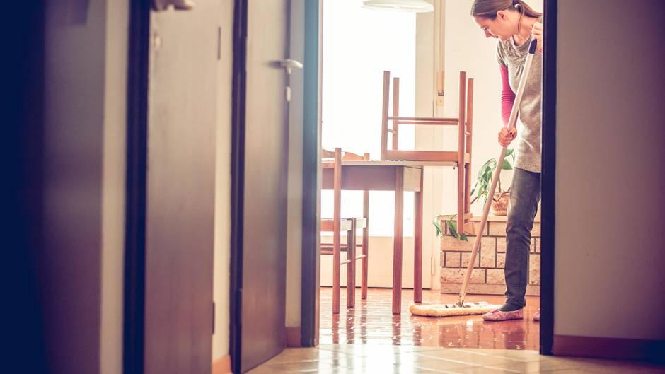 Putzfrau Was Verdienen Eigentlich Reinigungskräfte Sternde