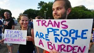 Protest gegen den Ausschluss von Transgender-Menschen aus der US-Armee durch Donald Trump