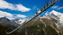 Die neue Brücke komplementiert eine zweitägige Wanderstrecke auf dem Europaweg zwischenGrächen und Zermatt.