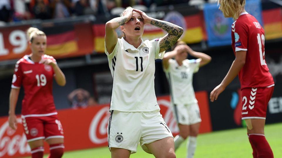 Deutschland ist bei der Damenfußball-EM im Viertelfinale an Dänemark gescheitert