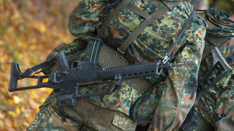 Bei einem Marsch von Bundeswehrsoldaten sind vier von ihnen zusammengebrochen, einer von ihnen starb (Symbolbild)