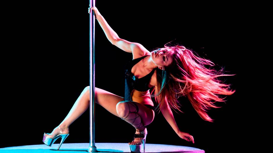 Was verdienenTänzerinnen in einem Nachtclub?