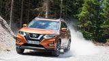 Mit Allradantrieb kommt der Nissan X-Trail auch im Gelände klar