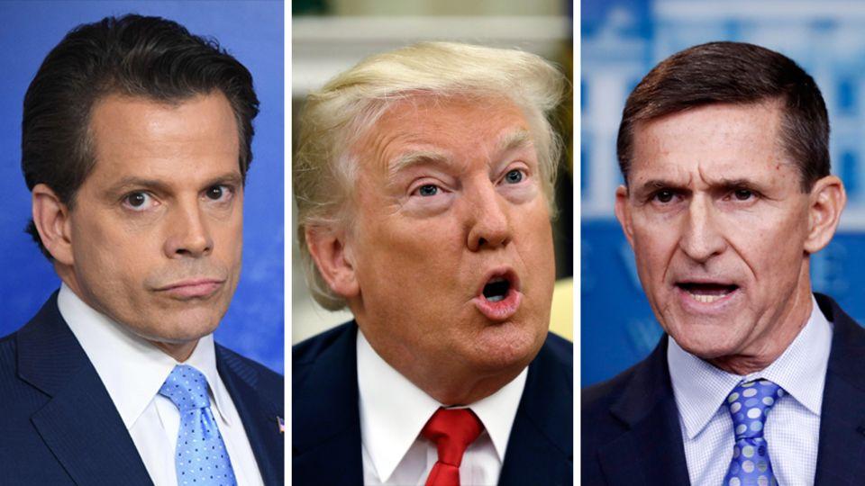 Nur zwei von mehreren Spitzenleuten, die US-Präsident Donald Trump (M.) in den ersten Monaten seiner Amtszeit gefeuert hat: Anthony Scaramucci (l.) und Michael Flynn (r.)