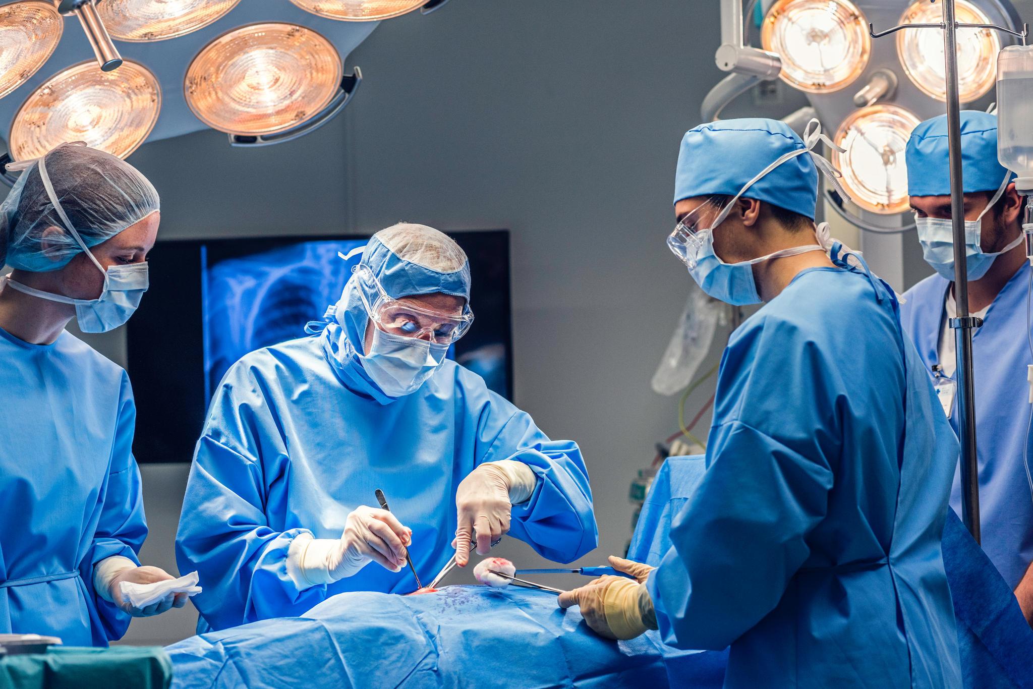Arzt: Was verdienen Mediziner in Kliniken und Krankenhäusern? | STERN.de