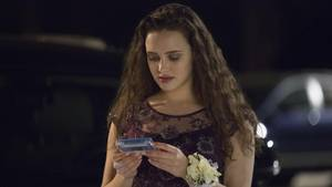 """Hannah Baker, gespielt von Katherine Langford, in der Netflix-Serie """"Tote Mädchen lügen nicht"""""""