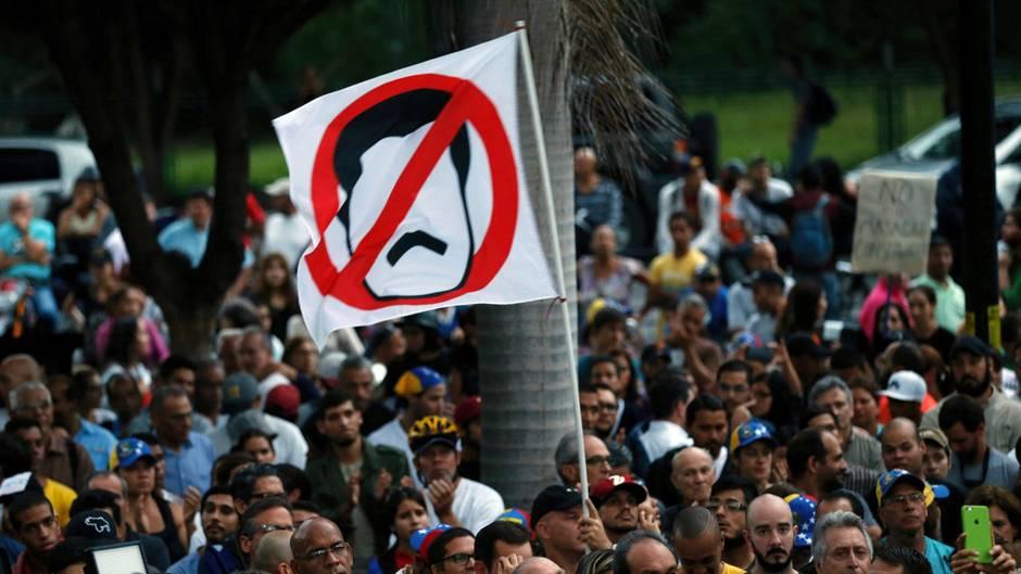 Die Stimmung in Venezuela bleibt nach der umstrittenen Wahl vergangenes Wochenende angespannt