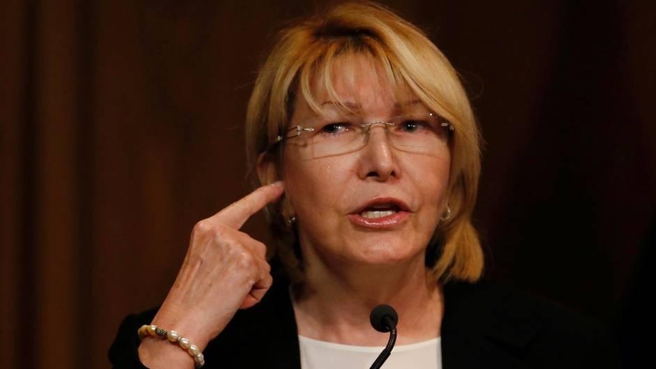 Generalstaatsanwältin Luisa Ortega Díaz wurde am Samstag von ihren Aufgaben in Venezuela entbunden