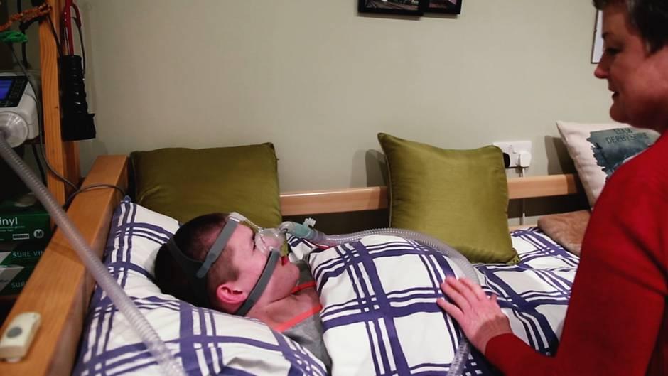 Tödliche Schlafstörung: Dieser Junge stirbt, wenn er ohne Betreuung einschläft