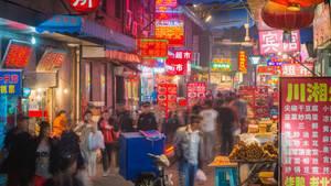 Chinesische Rentnerinnen-Gang treibt mit Terrormethoden Schulden ein