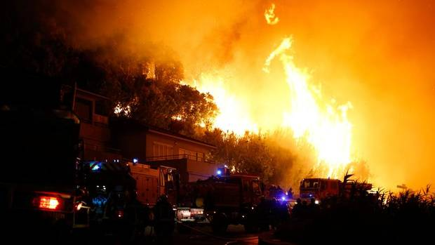 Biguglia, Korsika, Frankreich: Die Feuerwehren der Mittelmeerregion kämpfen mittlerweile jeden Sommer gegen die verheerenden Brünste