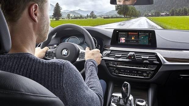 BMW Tech Office Chicago - Auto und Smartphone arbeiten zunehmend im Gleichklang