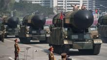 Die Raketen Nordkoreas sind mit mobilen Startfahrzeugen versehen.