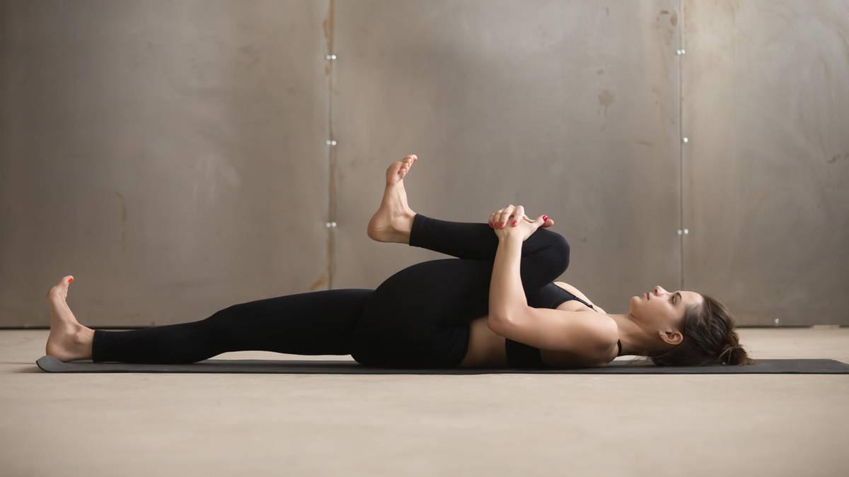 Kurzes Workout: Diese Übungen helfen garantiert gegen Ischiasschmerzen