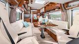 In der Baureihe Loft sieht man den Innenraum ohne Auszieherker - der edle Materialmix nimmt Anleihen beim Yachtbau.