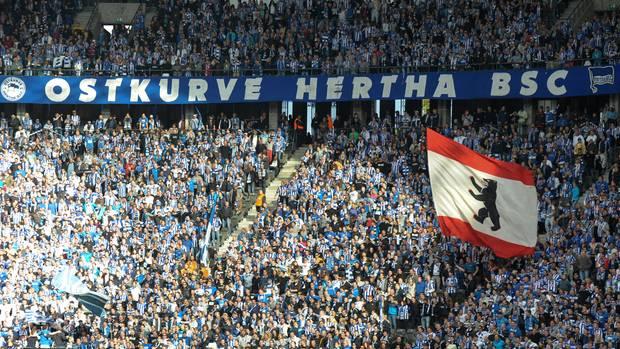 Legendäres Banner Ostkurve Hertha BSC im Olympiastadion 2013