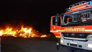 Die Feuerwehr konnte die Hühner nicht mehr retten (Symbolbild)