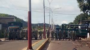 Venezuela: Soldaten riegeln das Gefängnis ab, in dem ein Aufstand stattgefundenen hat