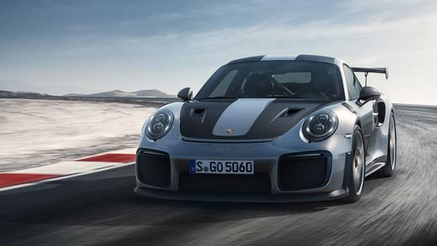 700 PS, in 2,8 Sekunden auf Tempo 100 und 285.220 Euro teuer: der Porsche GT2 RS.