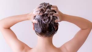 Haarspülung und radioaktiver Niederschlag - eine verhängnisvolle Mischung
