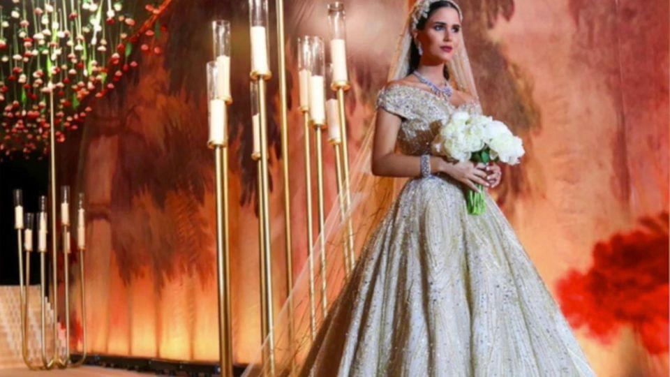 """""""Sind nicht die Brautjungfern"""": Sechs Hochzeitsgäste tragen das gleiche Kleid - allerdings rein zufällig"""