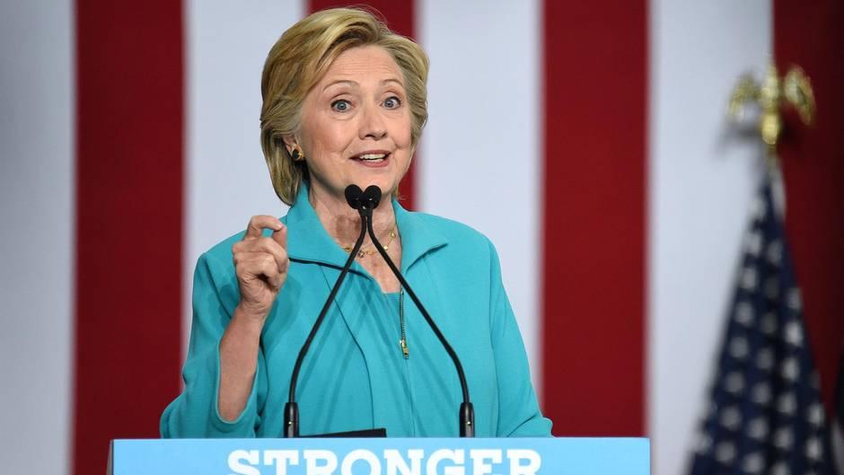 Nach Charlottesville: Trumps Klüngelei mit den Rechten - Hillary Clinton hatte davor gewarnt