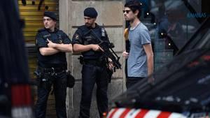 Barcelona nach dem Anschlag: Polizeibeamte in der Innenstadt