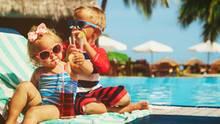 """Auch regelmäßige internationale Reisen sind nötig - """"je nachdem, wo sich die Kinder befinden"""""""