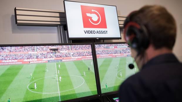 Videoschiedsrichterzentrale in Köln