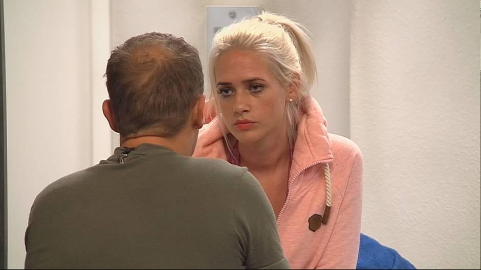 """""""Promi Big Brother"""": Sarah Knappik muss gehen und Willi Herren lässt noch einen Vorwurf raus."""