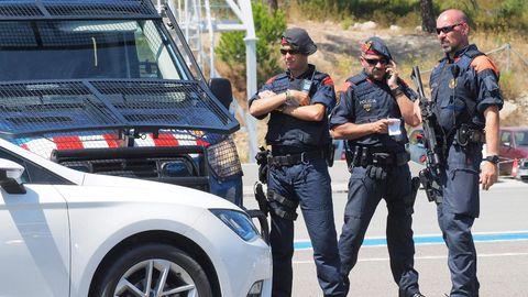 Polizei-Kontrolle zwischen Spanien und Frankreich: Der mutmaßliche Lenker des Tatfahrzeugs ist auf der Flucht