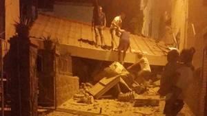 Ein Erdbeben hat die italienische Urlaubsinsel Ischia erschüttert