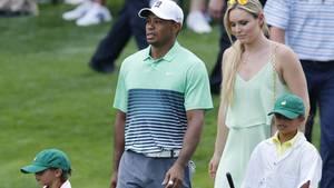 Lindsey Vonn und Tiger Woods mit seinen zwei Kindern bei einem Golfturnier 2015