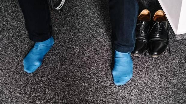 Auf Socken: Anfangs wurden die Teilnehmer belächelt