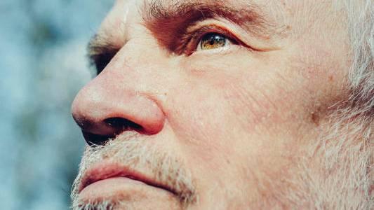 Von Möhlmann ist heute 74 Jahre alt. Er sagt, er könne den Kampf nicht aufgeben
