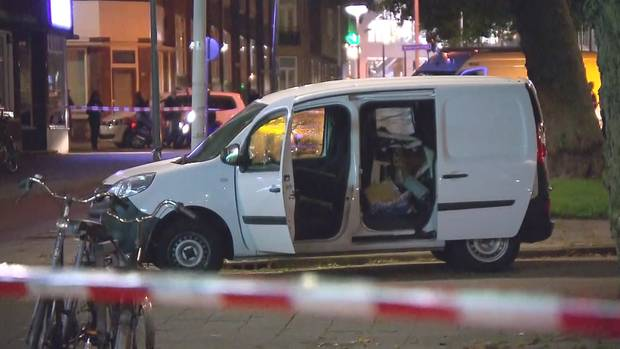 Kleinlaster gestoppt: Ob der der Wagen zufällig in der Nähe des Veranstaltungsortes in Rotterdam war, ist noch unklar