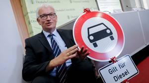 Die Deutsche Umwelthilfe um Geschäftsführer Jürgen Resch sieht Diesel-Fahrverbote als notwendig an