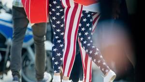 In den USA liegen Leggings voll im Trend. Nun will eine Direktorin sie mit einer Kleiderregel aus der Schule verbannen.