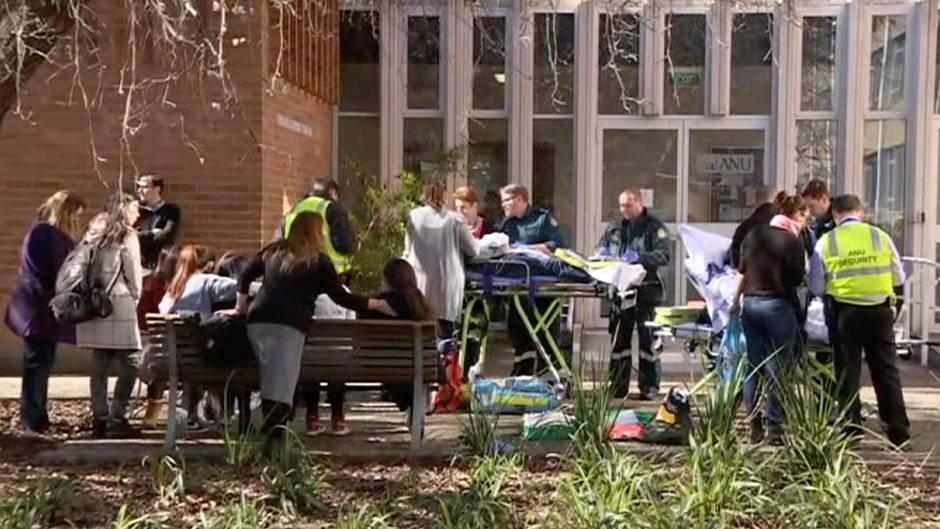 Australier geht in Uni mit Baseballschläger auf Studenten los