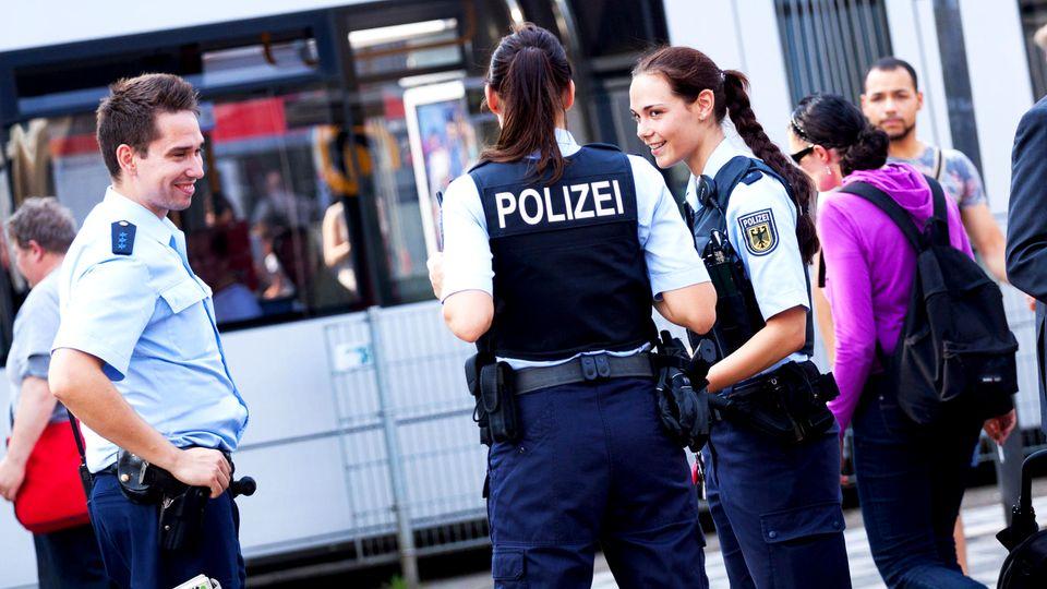 Polizei: Was verdient ein Polizist?
