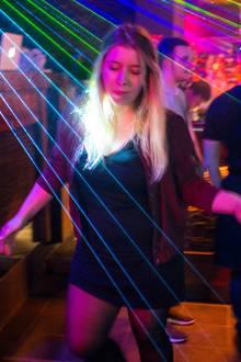 tanzen lernen disco frau