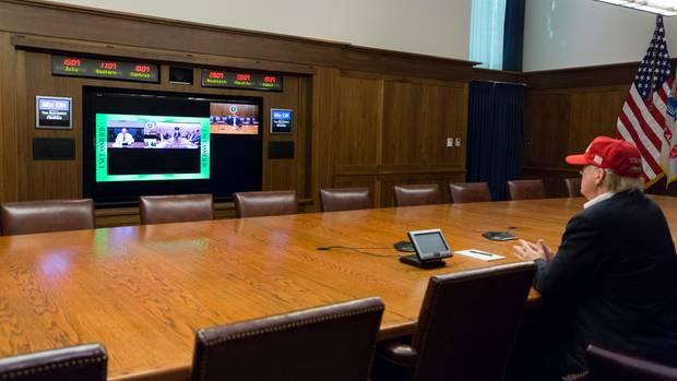 Besuch in Texas: Trump im Krisenmodus [1:05]